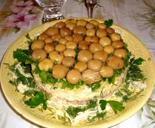 Закусочный салат Грибное чудо
