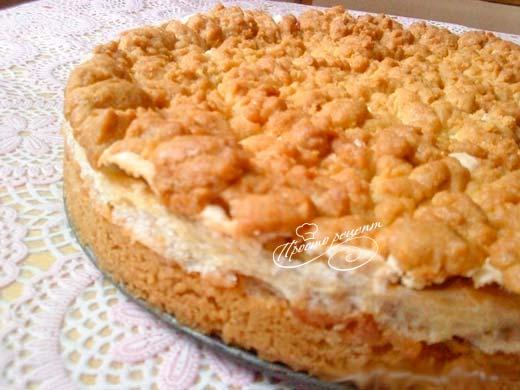 Яблочный пирог с взбитыми белками