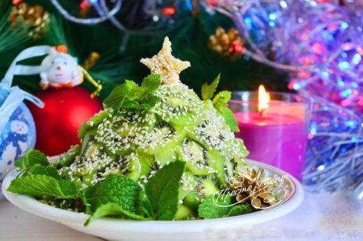 Фруктовий салат «Новорічна ялинка»