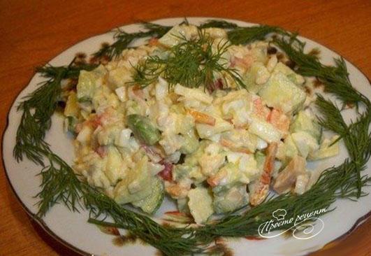 Салат из кальмаров с авокадо