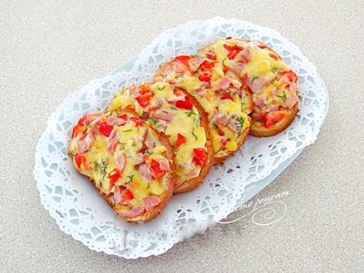 Горячие бутерброды Деревенский завтрак