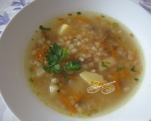 Ароматный грибной суп из сушеных грибов