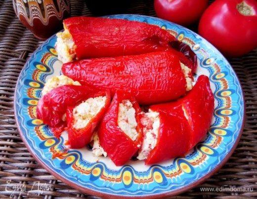 Перец, запеченный с брынзой