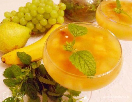 Чайное желе с фруктами