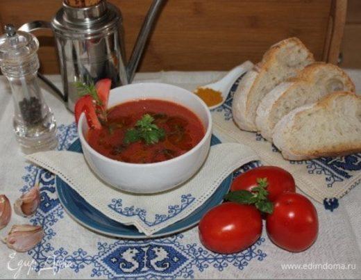 Томатный крем-суп с ароматным тимьяном и базиликом