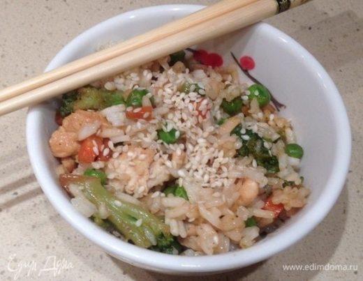 Рис с курицей и брокколи