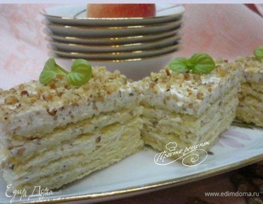 Песочное  пирожное со сливочно-ореховым кремом