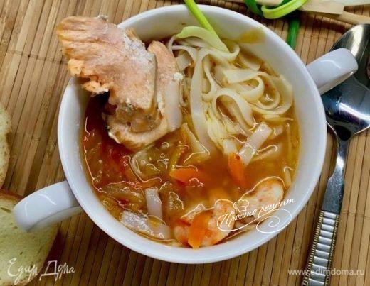 Рыбный суп-лапша с овощами
