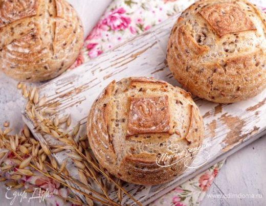 Цельнозерновые булочки с семенами льна на закваске