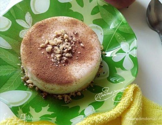 Кефирный десерт с яблоком и корицей