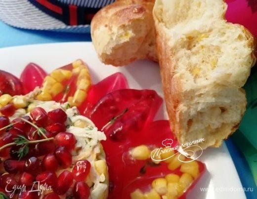 Мексиканский деревенский салат с кукурузным хлебом