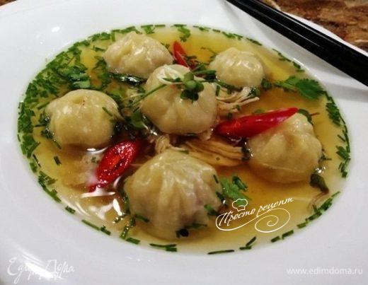 Китайский суп «Вонтон» с пельменями