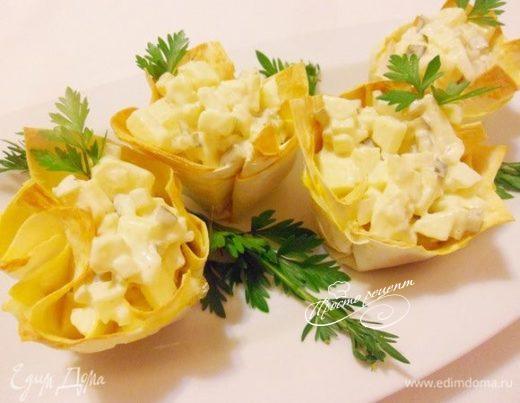Луковый салат в лаваше