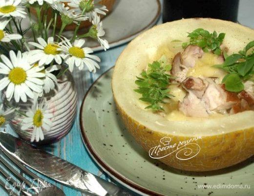 Дыня с курицей и сыром