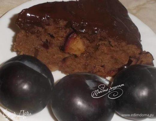 Пирог сливовый с горьким шоколадом