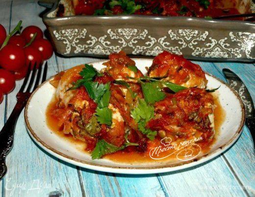 Фрикадельки с фетой, томленые в томатном соусе