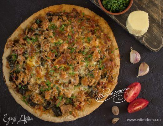 Пицца со шпинатом и тунцом