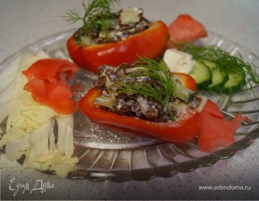Фаршированный болгарский перец с чечевицей