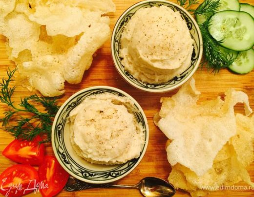Рисовые чипсы с паштетом из фасоли