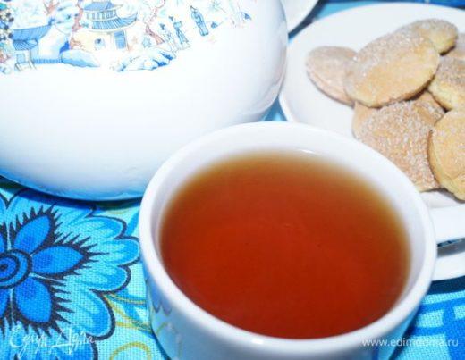 Витаминный чай с клюквой и шиповником