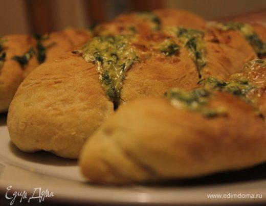 Чесночные багеты с сыром и руколой