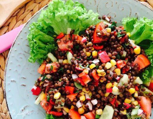 Полезный салат с зеленой чечевицей