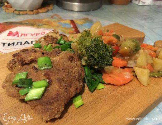 Тилапия с шафраном под овощами-микс