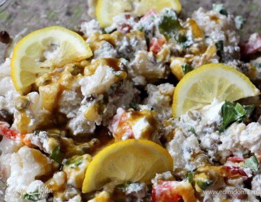 Салат из зеленой чечевицы с рассольным сыром