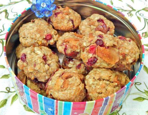 Овсяно-яблочное печенье с клюквой