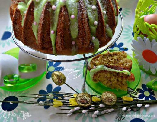 Кекс с кедровыми орехами, цедрой лайма и шафраном