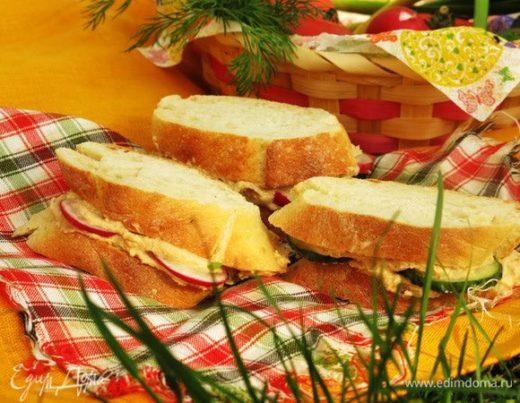 Сэндвич с яичным паштетом