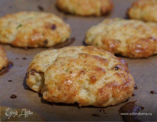 Картофельное печенье с сыром и грудинкой