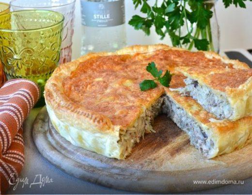 Слоеный капустный пирог с рыбой