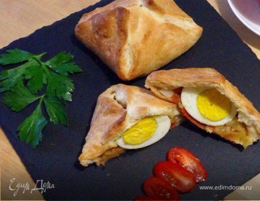 Пирамидки с яйцом и овощами на завтрак