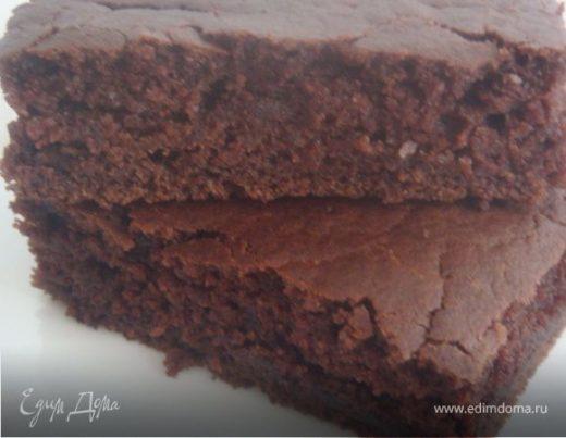 Постный пирог с гречневой мукой и какао