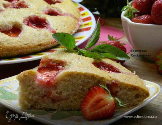 Клубнично-коричный пирог