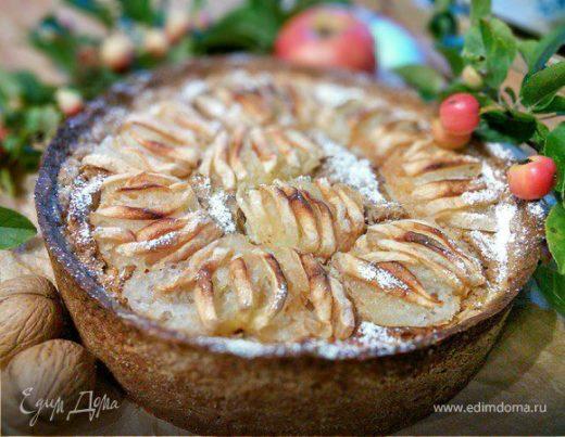 Орехово-яблочный пирог «Вкус осени»
