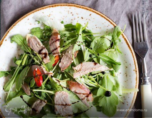 Пряный салат из утки